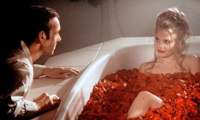 American Beauty mit Kevin Spacey und Mena Suvari - Bild 1