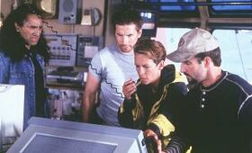 Virus mit Jamie Lee Curtis und William Baldwin - Bild 7