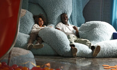 Plötzlich Papa! mit Omar Sy und Gloria Colston - Bild 3