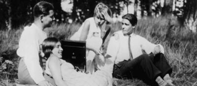 1929 - Berlin als Tretmühle in Menschen am Sonntag