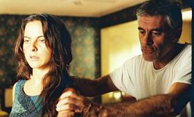 Julia mit Saul Rubinek und Kate del Castillo - Bild 1