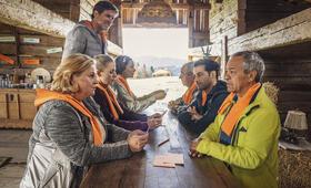 Zimmer mit Stall - Teamgeist mit Aglaia Szyszkowitz, Friedrich von Thun, Steffen Groth, Tayfun Bademsoy, Petra Kleinert, Annika Blendl und Karim Günes - Bild 6