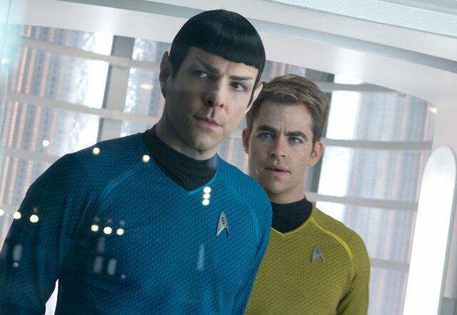 Star Trek Into Darkness mit Zachary Quinto und Chris Pine