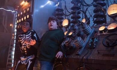 Gänsehaut 2: Gruseliges Halloween mit Jeremy Ray Taylor und Caleel Harris - Bild 12