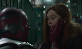 Avengers 3: Infinity War mit Paul Bettany und Elizabeth Olsen - Bild 34