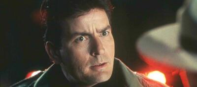 Jetzt echt, die Lohan?! Charlie Sheen kanns nicht fassen. Szene aus Scary Movie 3