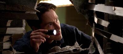 Keanu Reeves leuchtet in Henry & Julie - Der Gangster und die Diva
