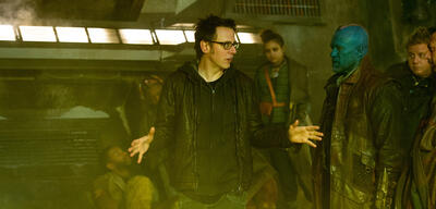 James Gunn (Mitte) am Set von Guardians of the Galaxy 2