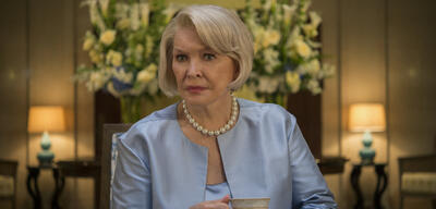 Ellen Burstyn in House of Cards