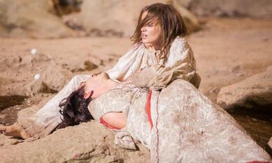 Dragon - Love Is A Scary Tale mit Mariya Poezzhaeva - Bild 8