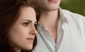 Robert Pattinson in Breaking Dawn - Bis(s) zum Ende der Nacht: Teil 2 - Bild 140