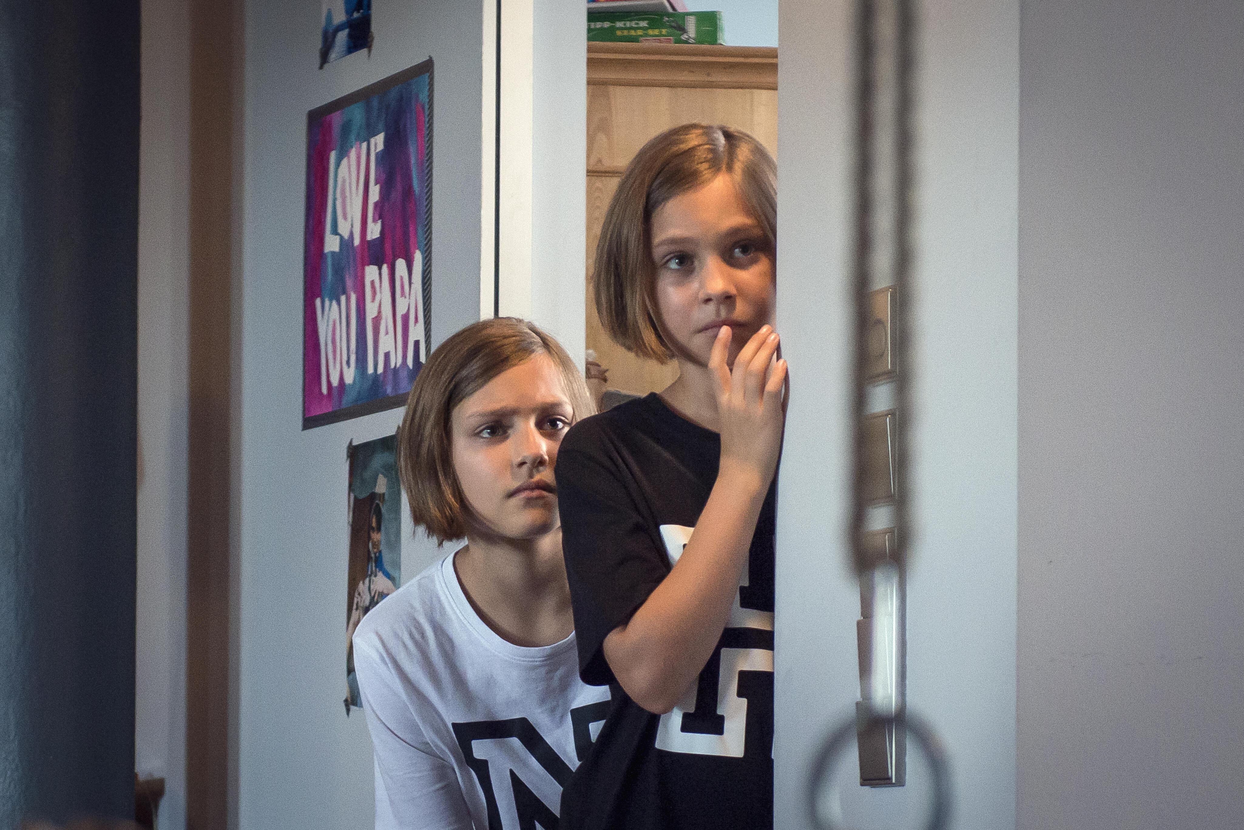 Hanni & Nanni Mehr als beste Freunde mit Laila Meinecke Bild