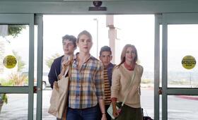 Miss Stevens mit Lily Rabe, Lili Reinhart, Timothée Chalamet und Anthony Quintal - Bild 4