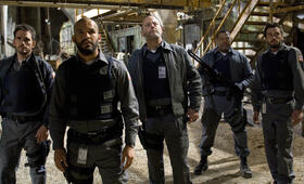 Armored mit Jean Reno, Laurence Fishburne, Matt Dillon und Amaury Nolasco - Bild 54