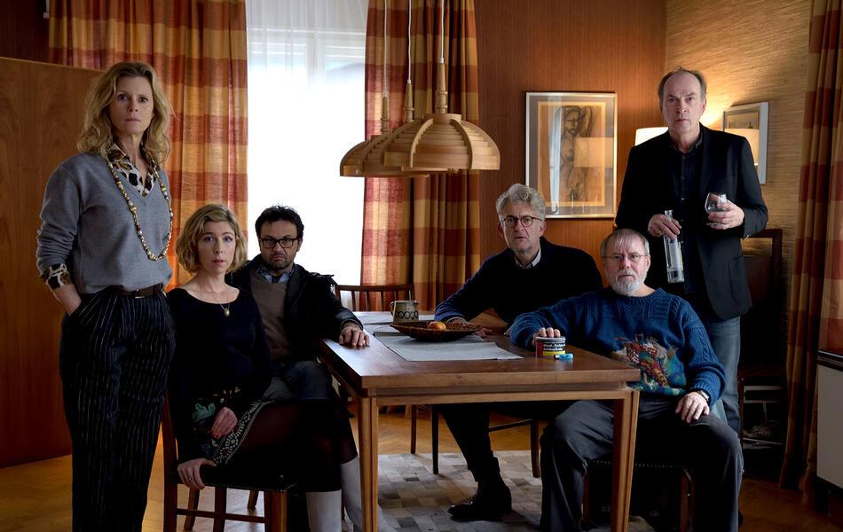 Die Auferstehung mit Joachim Król, Herbert Knaup, Dominic Raacke, Michael Rotschopf, Leslie Malton und Brigitte Zeh