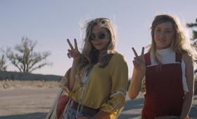 Ingrid Goes West mit Elizabeth Olsen und Aubrey Plaza - Bild 13
