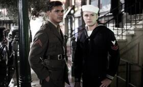Flags of Our Fathers mit Adam Beach - Bild 11