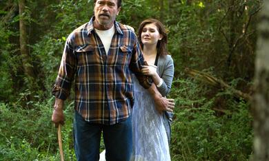 Maggie mit Arnold Schwarzenegger und Abigail Breslin - Bild 3