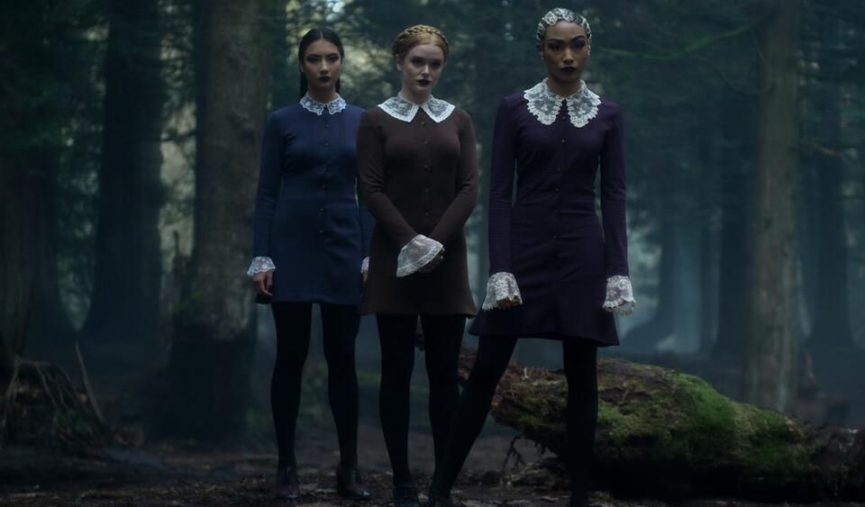 Chilling Adventures of Sabrina: οι Παράξενες Αδερφές