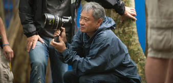 Ang Lee am Set von Life of Pi