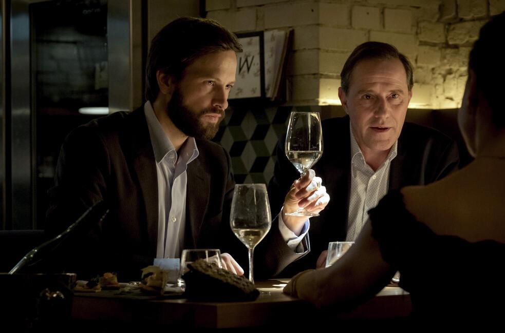 Die Informantin - Der Fall Lissabon mit Franz Dinda und Stefan Kurt
