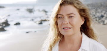 Grey's Anatomy: Meredith ist in Staffel 17 viel am Strand