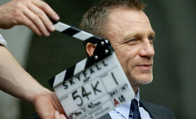 Daniel Craig am Set von Skyfall - Bild 149