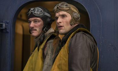 Midway mit Luke Evans und Ed Skrein - Bild 2