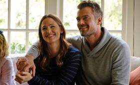 Love, Simon mit Jennifer Garner und Josh Duhamel - Bild 93