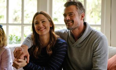 Love, Simon mit Jennifer Garner und Josh Duhamel - Bild 7