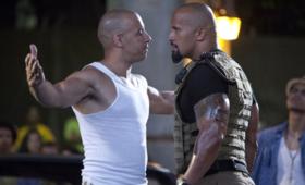 Fast & Furious Five mit Dwayne Johnson und Vin Diesel - Bild 7