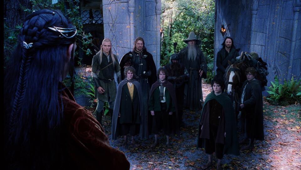 Der Herr der Ringe: Die Gefährten mit Ian McKellen, Viggo Mortensen, Orlando Bloom, Elijah Wood, Sean Astin, Dominic Monaghan und Billy Boyd