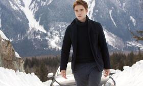 Robert Pattinson in Breaking Dawn - Bis(s) zum Ende der Nacht: Teil 2 - Bild 95