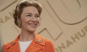 Mrs. America, Mrs. America - Staffel 1 mit Cate Blanchett - Bild 98