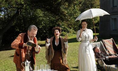 Die feine Gesellschaft mit Juliette Binoche, Valeria Bruni Tedeschi und Jean-Luc Vincent - Bild 8