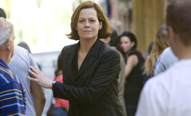 The Cold Light of Day mit Sigourney Weaver - Bild 3