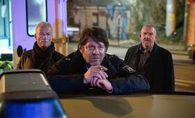 Tatort: Weiter, immer weiter mit Dietmar Bär, Klaus J. Behrendt und Roeland Wiesnekker - Bild 39