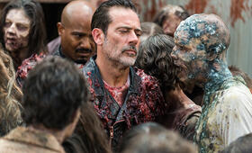 The Walking Dead - Staffel 8, The Walking Dead - Staffel 8 Episode 5 mit Jeffrey Dean Morgan und Seth Gilliam - Bild 10