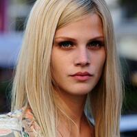 01 blond