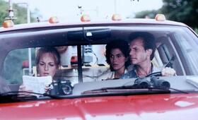 Twister mit Helen Hunt, Bill Paxton und Jami Gertz - Bild 16