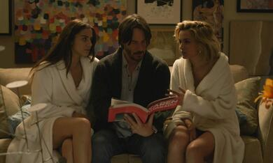 Knock Knock mit Keanu Reeves, Ana de Armas und Lorenza Izzo - Bild 1