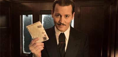 Johnny Depp spielt die Leiche in Mord im Orient Express