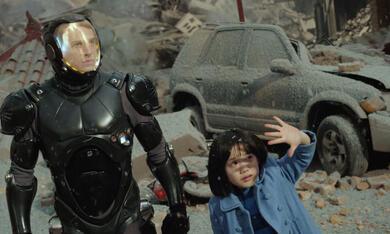 Pacific Rim mit Charlie Hunnam und Mana Ashida - Bild 8
