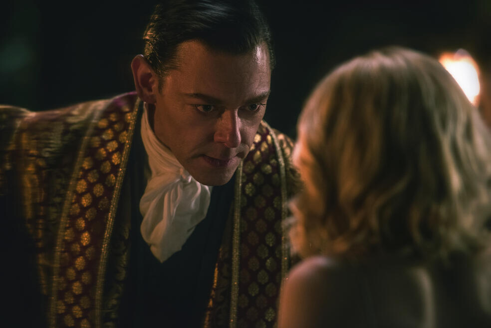 Chilling Adventures of Sabrina, Chilling Adventures of Sabrina - Staffel 1, Chilling Adventures of Sabrina - Staffel 1 Episode 2 mit Richard Coyle und Kiernan Shipka