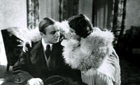Der Mann, von dem man spricht mit Heinz Rühmann und Gusti Huber - Bild 1