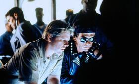 Alarmstufe: Rot mit Tommy Lee Jones und Gary Busey - Bild 56