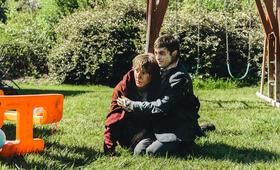 Swiss Army Man mit Daniel Radcliffe und Paul Dano - Bild 1