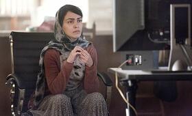 Homeland Staffel 3 mit Nazanin Boniadi - Bild 54