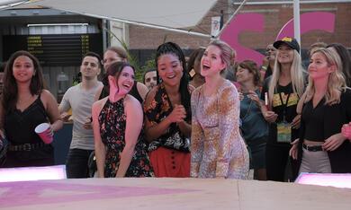 The Bold Type - Staffel 3 mit Aisha Dee, Katie Stevens und Meghann Fahy - Bild 1