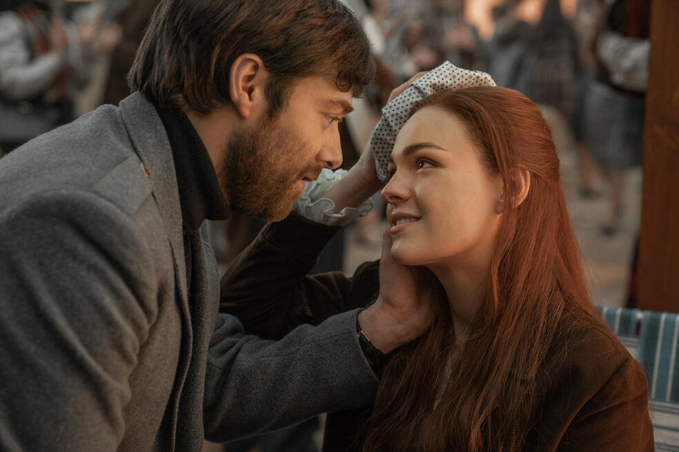 Outlander - Staffel 4 mit Sophie Skelton und Richard Rankin
